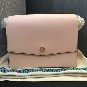 NWOT Tory Burch Robinson Convertible Shoulder